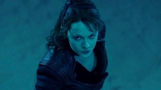 《荒原 第三季(下)》全方位无死角的艾米丽·比查姆,干什么都这么美
