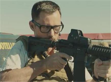《边境杀手》预告片 布朗特领精英和贩毒者斗智斗勇