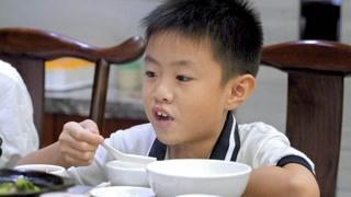 吴镇城做粥有讲究 喝粥已成为潮汕人的习惯
