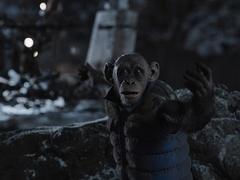 """《猩球崛起3》正片片段 残酷上校直戳凯撒""""丧子之痛"""""""