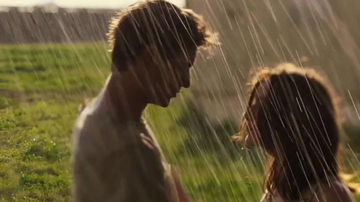 宿主 片段3:Kissing in the Rain