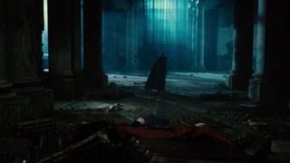 把超人托着玩么蝙蝠侠?