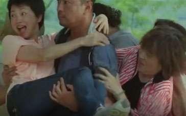 《可爱的你》漏网片段 千嬅遇怪兽家长无奈