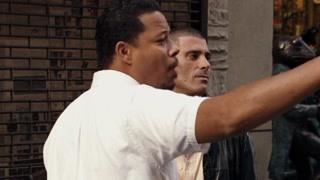 哈维引领肖恩进入收入不菲的地下拳击圈 肖恩能否成功胜任