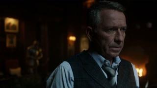《哥谭镇》布鲁斯欲与管家解除合同 管家实在太可怜