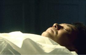 【劫中劫】第19集预告-偷天换日手术室救人