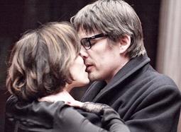 《巴黎五区的女人》预告 无对白亲密戏十足惊心