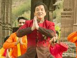 《功夫瑜伽》歌舞排练特辑 成龙领百人尬舞被赞表情满分