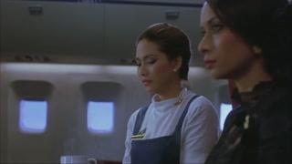 女人的嫉妒!空姐的戒指跟王妃撞了