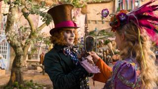 爱丽丝为救疯帽子一家穿越