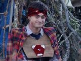 《瑞士军刀男》曝限制级预告 丹尼尔雷德克里夫死尸无节操开挂