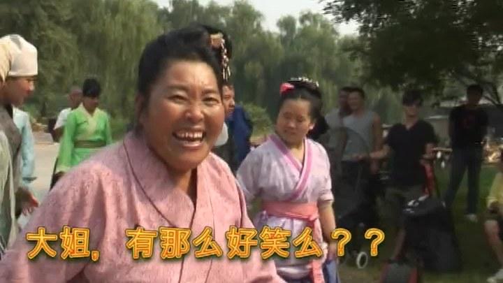 超时空救兵 花絮3:霍建华遭疯狂大妈索吻 (中文字幕)