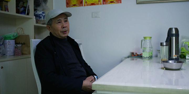 《武汉日夜》发布石长江祖孙特辑 孩子的呼唤伴爷爷痊愈归家