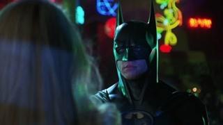 双面人掷硬币决定人生死 超级英雄蝙蝠侠闪亮登场