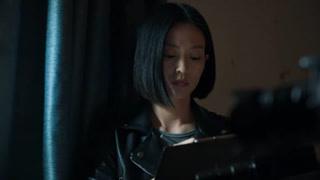 杨子珊在手上写了求救信号