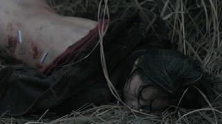 女子惨死在荒郊野外