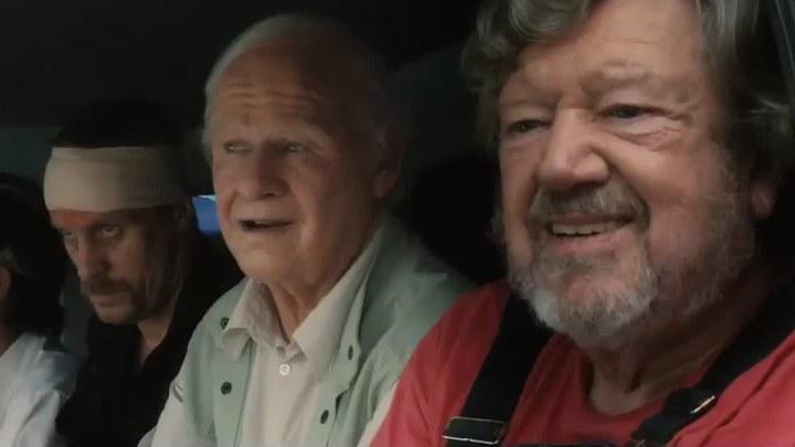 百岁老人跷家去 日本预告片2