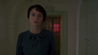 《无人生还》梅芙·德莫迪眼里全是戏,我要是妹子也挡不住他