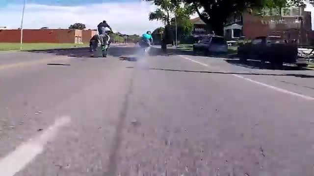 大排量摩托车烧胎合集