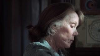 《城堡石》妈妈很通情达理  老太太怀念过去