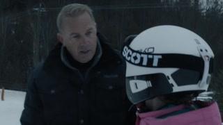 茉莉牌局:小时候的茉莉学习滑雪 严格父亲教会女儿不放弃