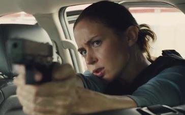 《边境杀手》中文预告 艾米莉·布朗特陷缉毒漩涡