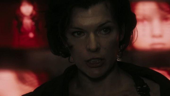 生化危机:终章 片段5:爱丽丝对战巨型怪兽 (中文字幕)