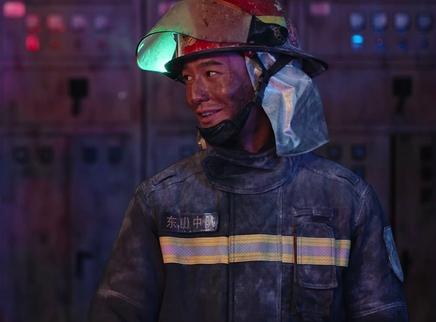 《烈火英雄》口碑特辑 观众回忆燃点泪点感谢消防员