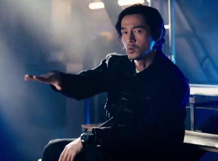 《南方车站的聚会》片尾曲MV 胡歌献唱再现经典舞步