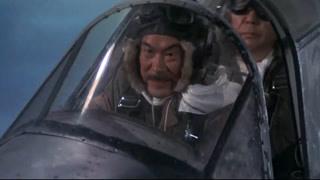 日军自杀式轰炸美国航母