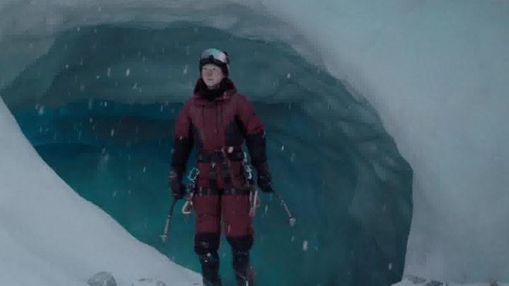 冰峰暴 MV:片尾曲《冰之翼》
