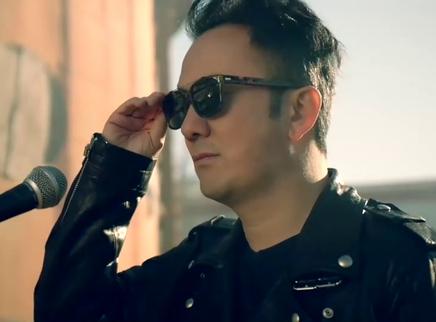 《猎杀T34》中文主题曲 王太利王婉辰声动诠释狂野版《喀秋莎》