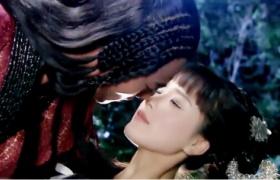 狐仙:小环和陶晋醉酒后荒野深情拥吻