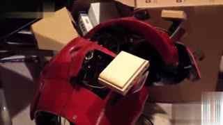 牛人DIY 牛人自制视频 国外牛人自制《钢铁侠》全身动力金属盔甲
