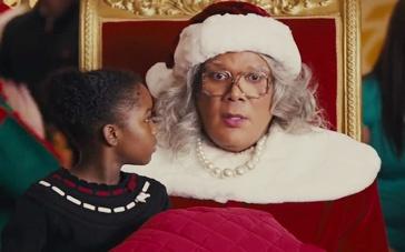 《黑疯婆娘的圣诞节》预告 搞怪圣诞老人取悦大众