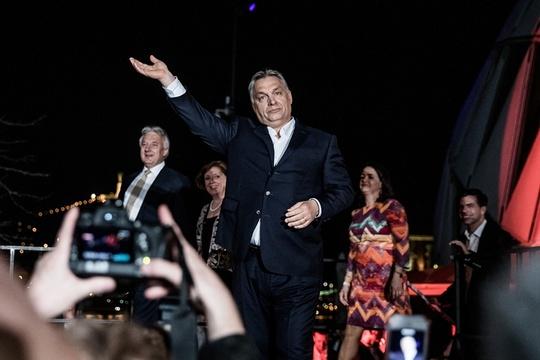 匈牙利举行国会选举 执政联盟获压倒性胜利