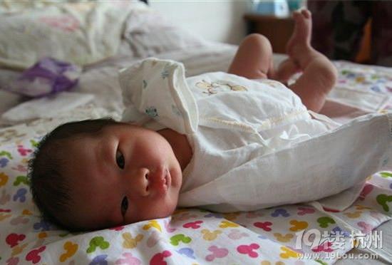 表情 宝宝脸上长小白点 家事百科 孩爸孩妈聊天室 杭州19楼 表情图片