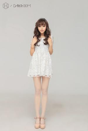 小清新美女甜美公主范写真