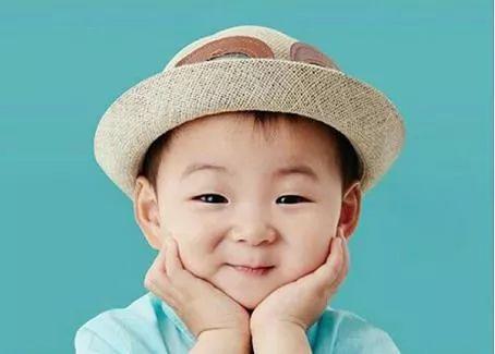 如果亲戚家的熊孩子,都像表情里的萌宝就好老人包表情年图片