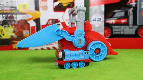 托马斯小火车:月球铲车玩具分享