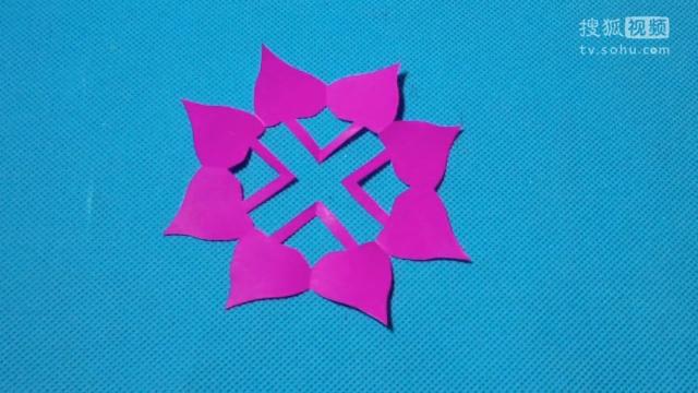 剪纸教程视频 桃心雪花 圣诞节 窗花 儿童剪纸大全