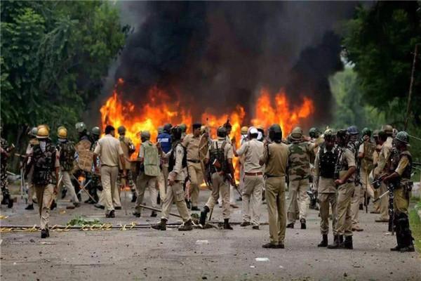 印軍越過實控線發起挑釁,不料戰機突遭襲擊,空軍緊急求援新德裡