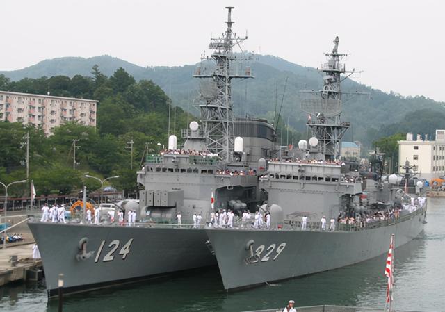 日本與中國056對等的作戰艦艇是哪款 30年前已經服役瞭
