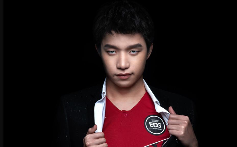 憋氣大賽倒數第一!EDG官宣新賽季名單 九大選手組建豪華陣容