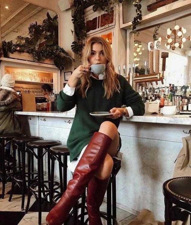 """秋冬買靴子,盡量少買黑色,多穿這3種""""顏色""""洋氣百搭,顯腿長"""