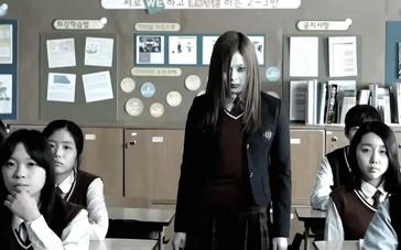 《少女怪谈》中文预告 金素恩携手姜河那校园惊魂