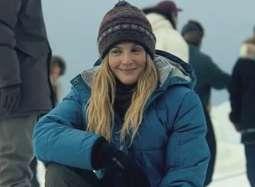 《巨大奇迹》预告 巴里摩尔领跑全球共救北极灰鲸