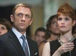 《007:大破量子危机》预告 邦德失挚爱追查真相