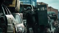 《寒战2》 警方突击遇炸弹陷阱 火爆追逐枪战