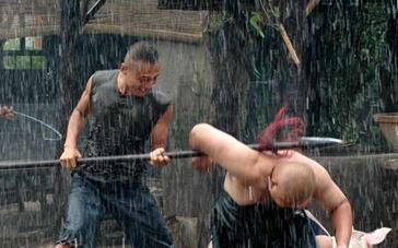 《硬汉》  打斗片段